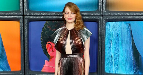 emma stone senos the favourite
