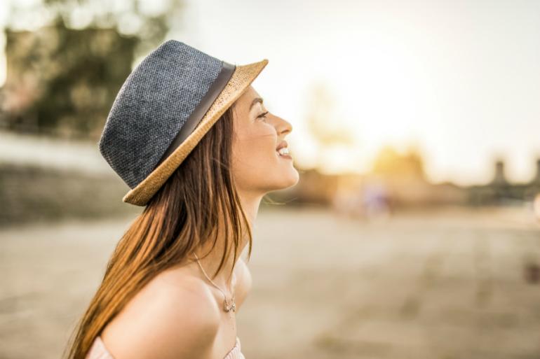 Protege tu piel de los rayos del sol ¡con agua termal!