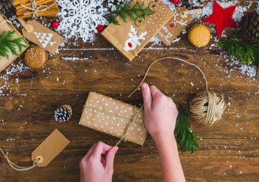cómo-envolver-regalos-con-menos-papel