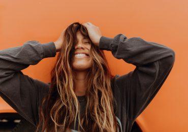 cómo-usar-aceite-de-ricino-para-el-crecimiento-del-cabello