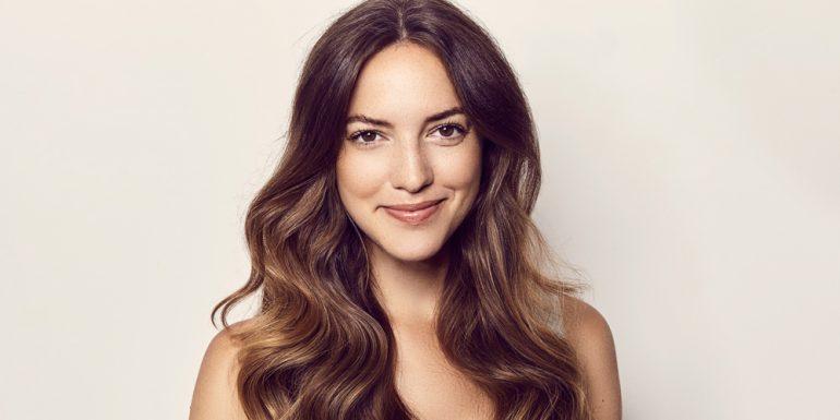 cómo-hacer-ondas-en-el-cabello-con-plancha