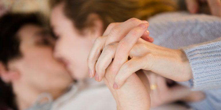 cómo-hace-el-amor-un-hombre-enamorado