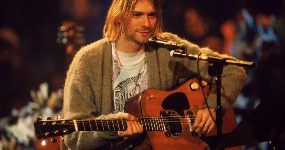 kurt-cobain-guitarra-unplugged