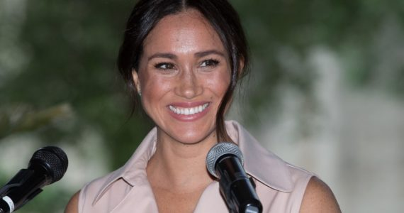 "Trump ataca a Meghan Markle, le desea ""buena suerte"" a Harry"