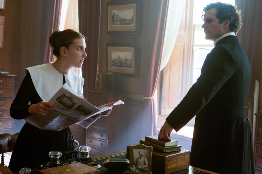 Millie Bobby Brown es Enola Holmes y Henry Cavill es su hermano Sherlock Holmes