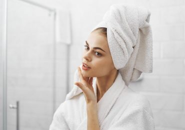 5 trucos esenciales apara cuidar tu rostro durante el confinamiento (sí, aún)