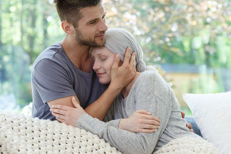 Una relación sentimental satisfactoria puede mejorar la salud de las supervivientes de cáncer de mama