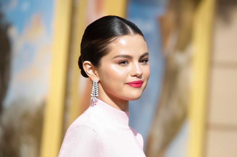 Selena Gomez se siente 'libre' hablando de sus problemas psicológicos