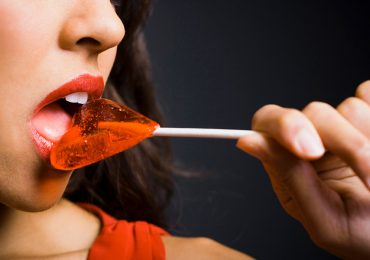 Todo lo que debe saber sobre usar la lengua durante el sexo
