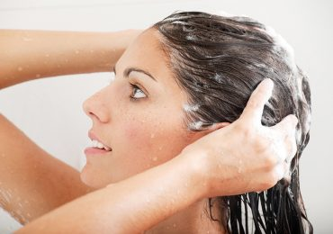 Mejora tu rutina de cuidado de pelo en 5 tips