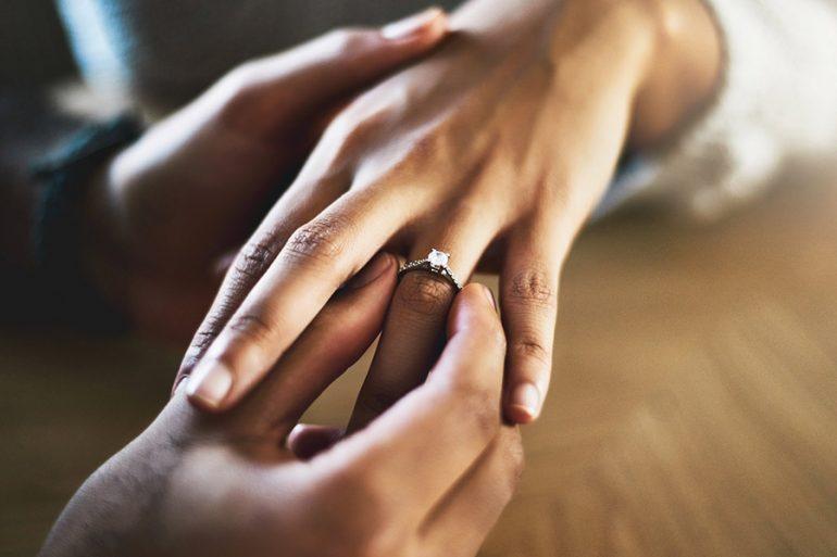 Wedding rings: 8 curiosas tradiciones en el mundo sobre el anillo de compromiso