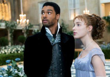Las conexiones de 'Bridgerton' con 'The Crown' y 'Downton Abbey'