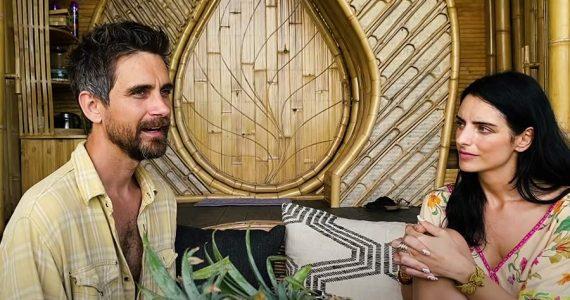 Aislinn Derbez de vacaciones en Hawái con su supuesto nuevo galán Jesh de Rox
