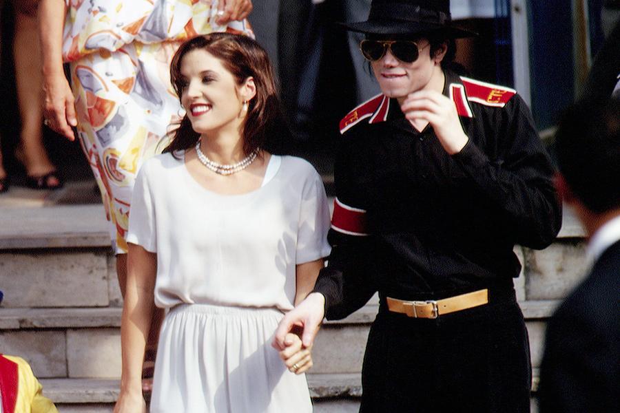 Lisa Marie Presley y Michael Jackson