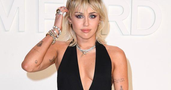 Miley Cyrus juguetes sexuales decoración