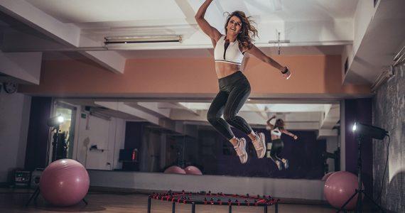 Las 4 tendencias de fitness que debes probar en 2021 (son divertidas)