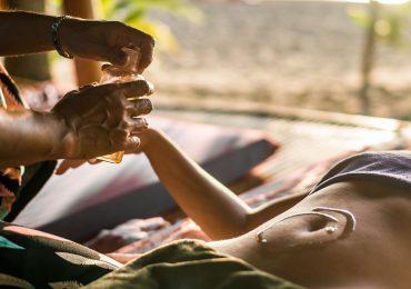 Jazmín y otros cuatro aceites esenciales para actividades en pareja