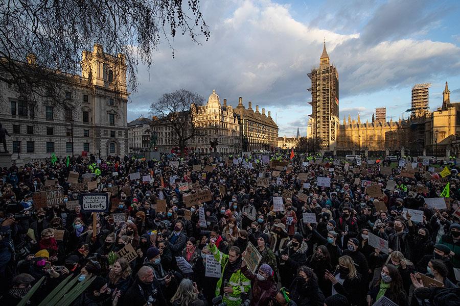 Protestas por la muerte de Sarah Everard en Gran Bretaña