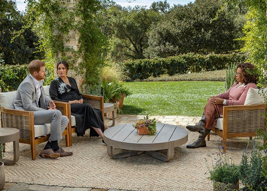 El príncipe Carlos no está de acuerdo con que Harry destroce a la familia en público