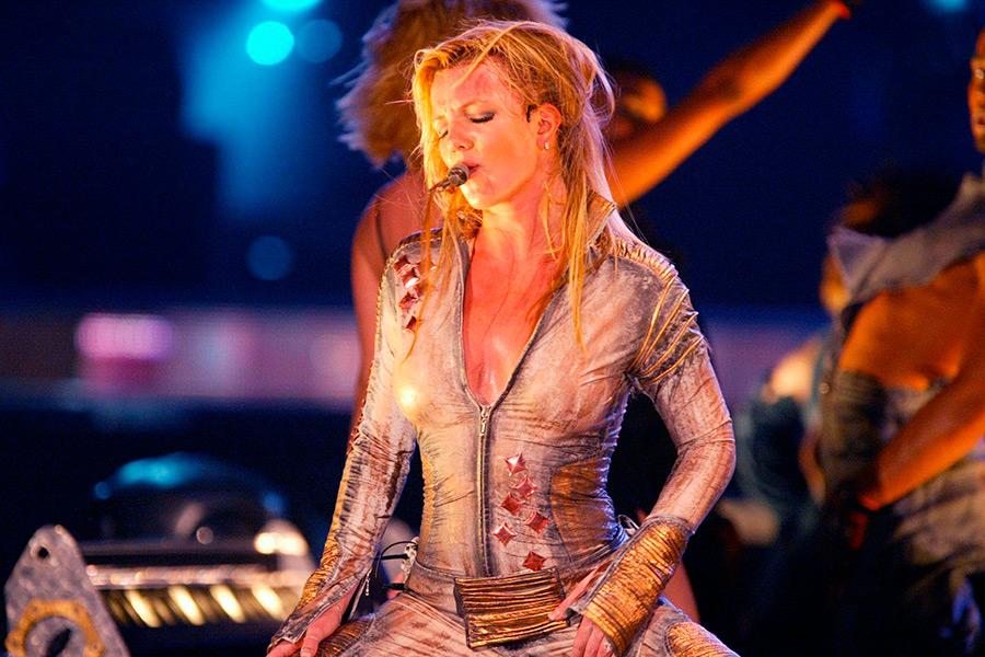 Britney Spears está considerando entrevista con Oprah Winfrey