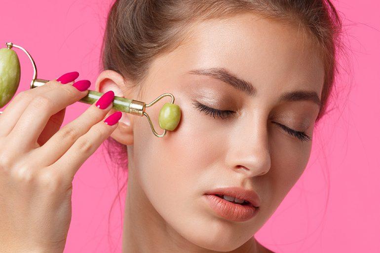 Cómo hacer masajes diarios a tu cara para tonificar y disminuir arrugas