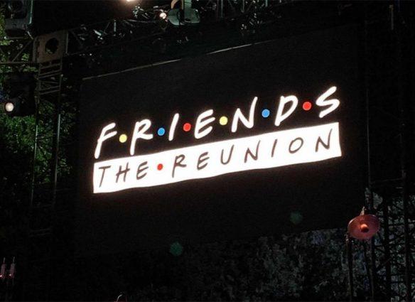 """La reunión de """"Friends"""" está lista y Matthew Perry lo confirmó con foto (que luego borró)"""