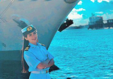 Sexismo y rumores falsos: intentaron culpar a la primera mujer capitana de Egipto de bloquear Canal de Suez