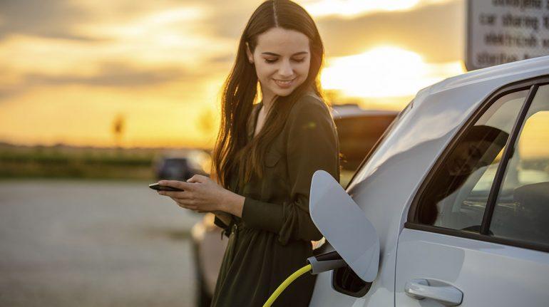 Cómo elegir un auto híbrido o eléctrico