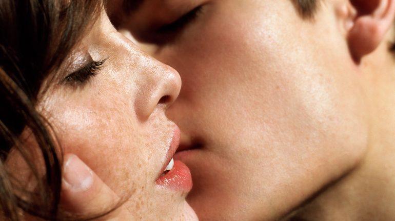 perfumes que hacen totalmente irresistible a cualquier chica