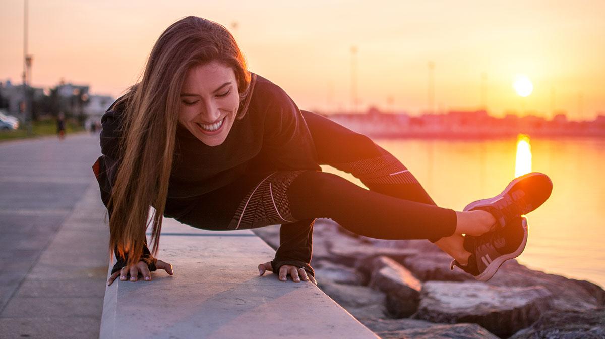 5 tipos de yoga, según tu cuerpo y estilo de vida - Flow yoga