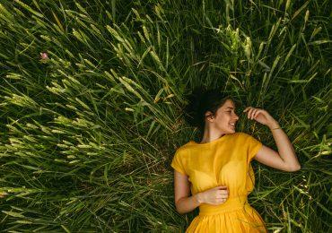 yellow day dia mas feliz del ano que es por que se le dice asi