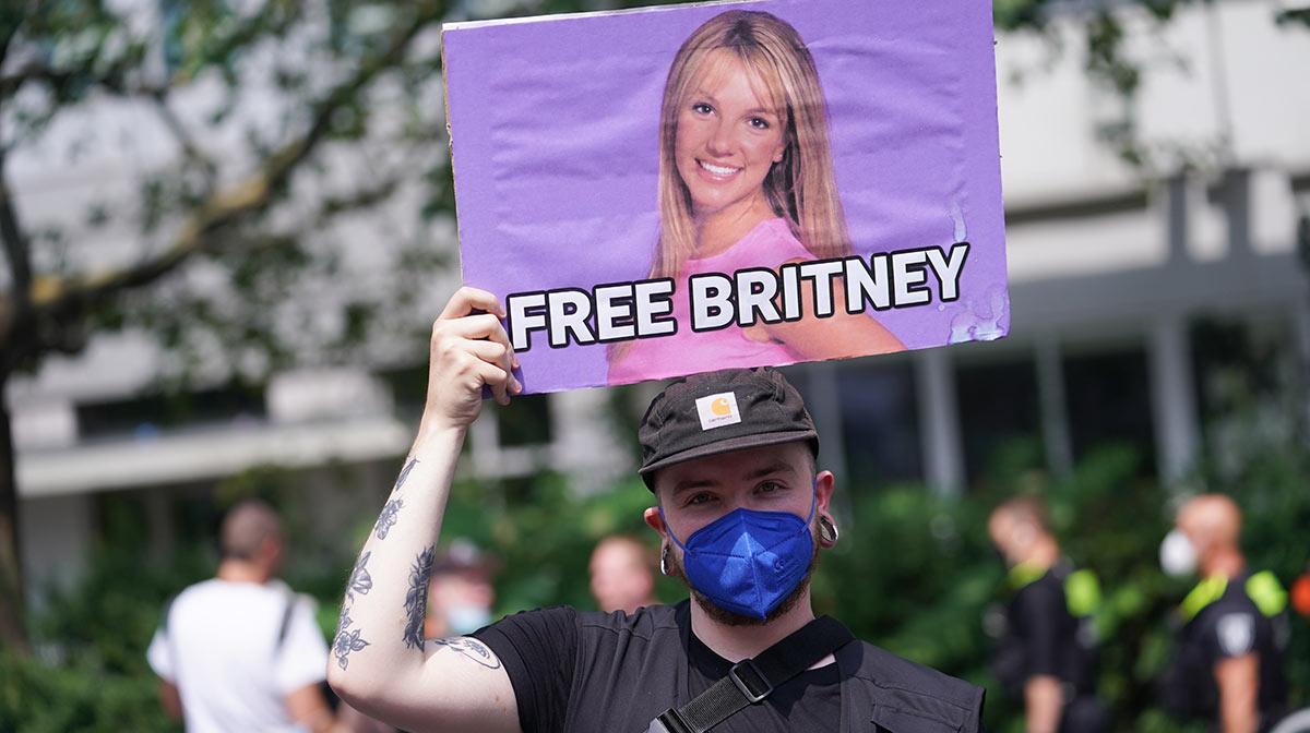 Britney Spears solicita la destitución de su padre como administrador de sus finanzas