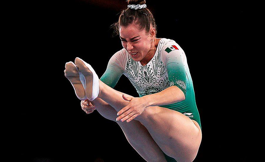 La gimnasta Dafne Navarro hace historia: es la primera mexicana en clasificar a final de trampolín