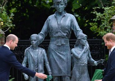 William Harry inauguración de estatua princesa Diana