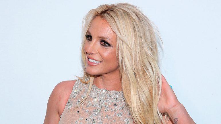 Abogado de Britney Spears pide adelantar juicio de tutela y auditoria para su padre