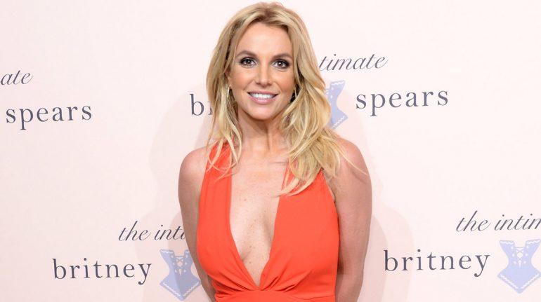 Britney Spears es libre, ¿qué sigue tras la renuncia de su padre a la tutela?