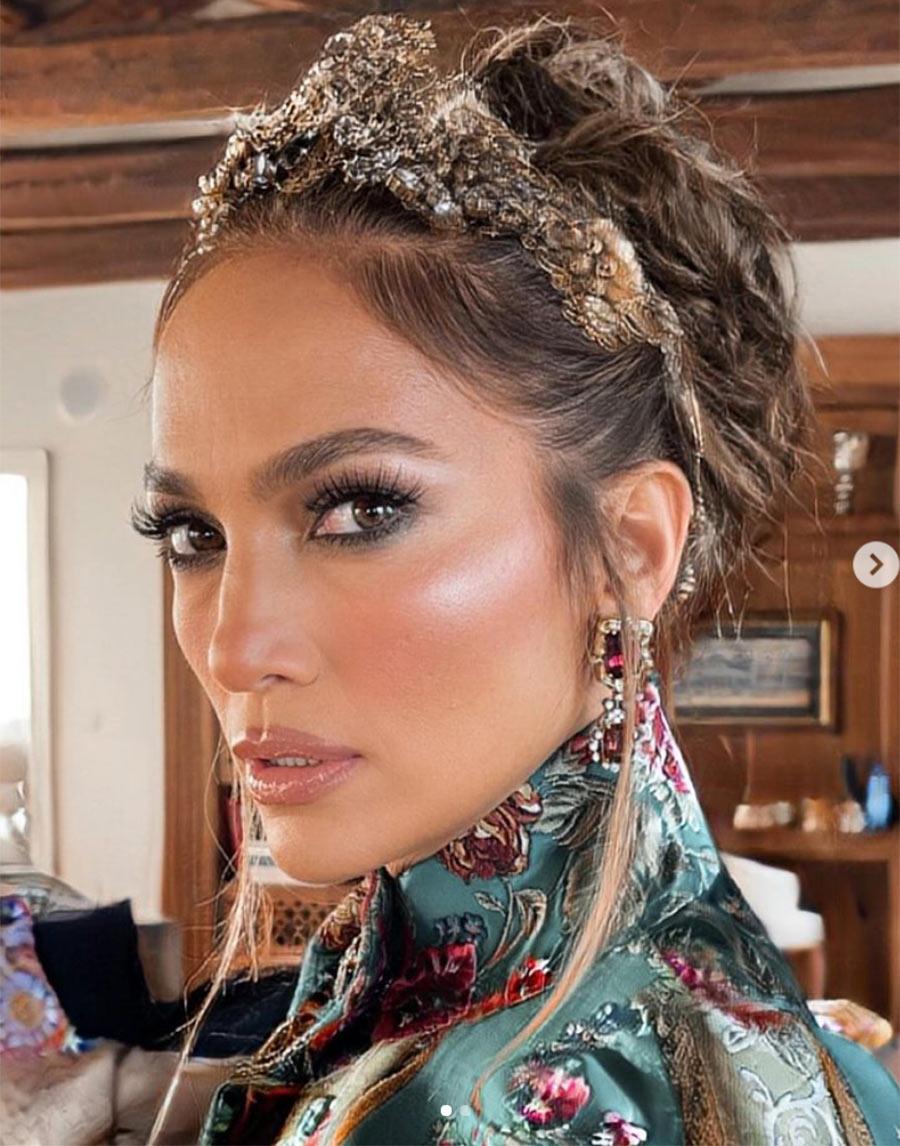 Jennifer Lopez marca un nuevo 'fashion moment' con su look en Venecia