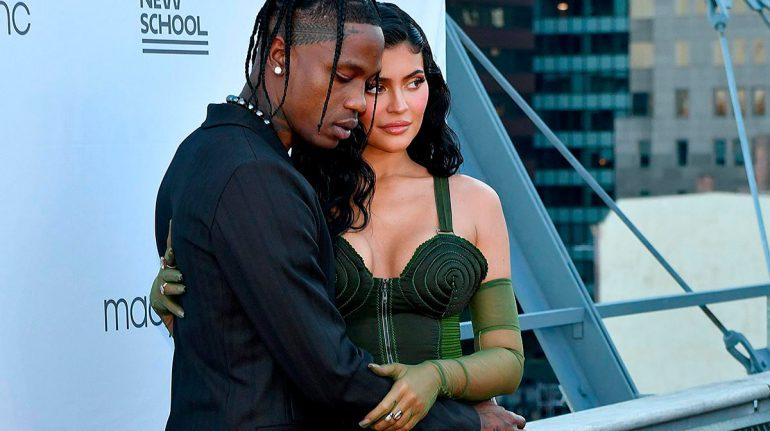 La teoría sobre la revelación del embarazo de Kylie Jenner