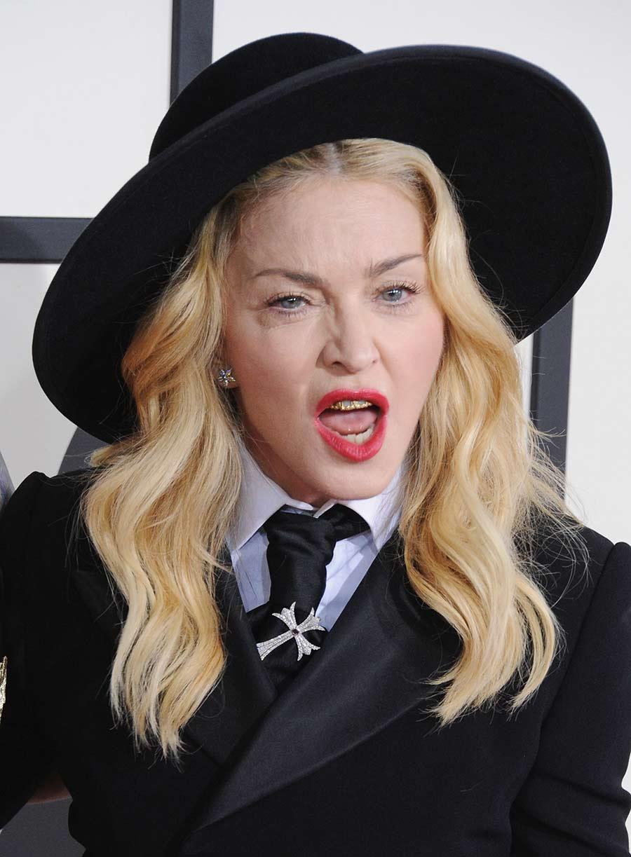 Madonna tendencias grillz dientes moda