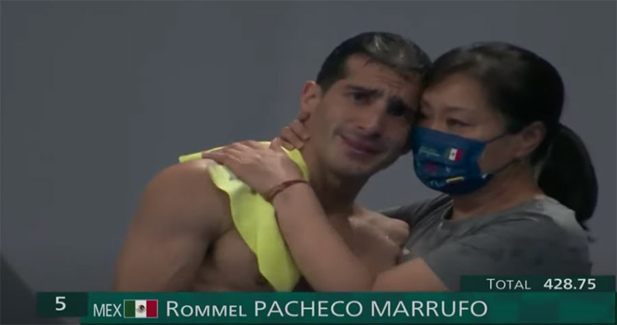 Rommel Pacheco clavados