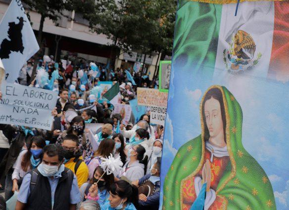 Iglesia católica critica a Suprema Corte de México por fallos sobre aborto