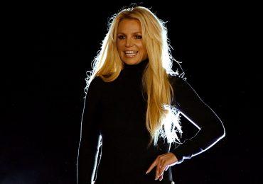 Britney Spears contraataca y muestra su trasero al natural y sin retoques