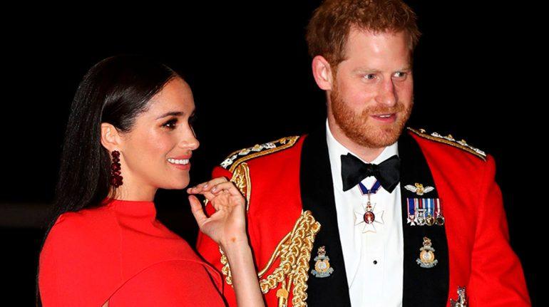 Vecinos del príncipe Harry Y Meghan Markle se quejan por fuerte olor a mariguana en la zona