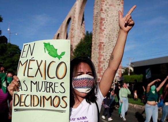 Día histórico para las mujeres: Corte declara inconstitucional el aborto en todo México
