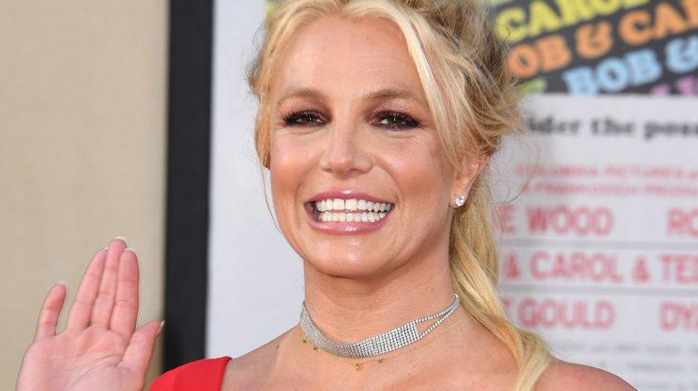 """Britney Spears en """"en una nube"""" tras la destitución de su padre como su tutor"""