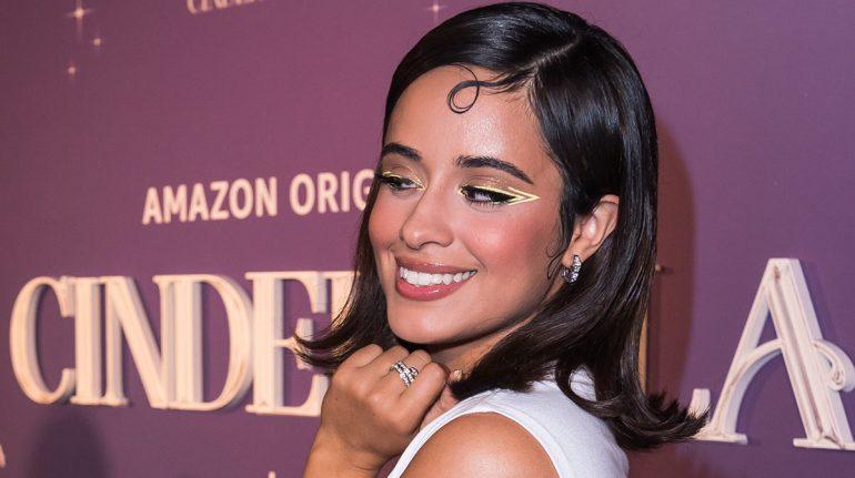 Camila Cabello Cenicienta delineado ojos