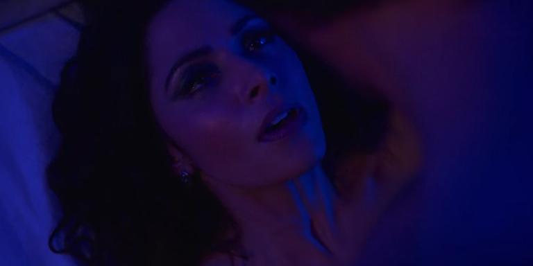 sexo como Billie, la protagonista de la serie SEX/LIFE