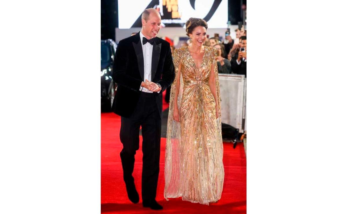 El hermoso vestido dorado con el que Kate Middleton se robó la noche del 007