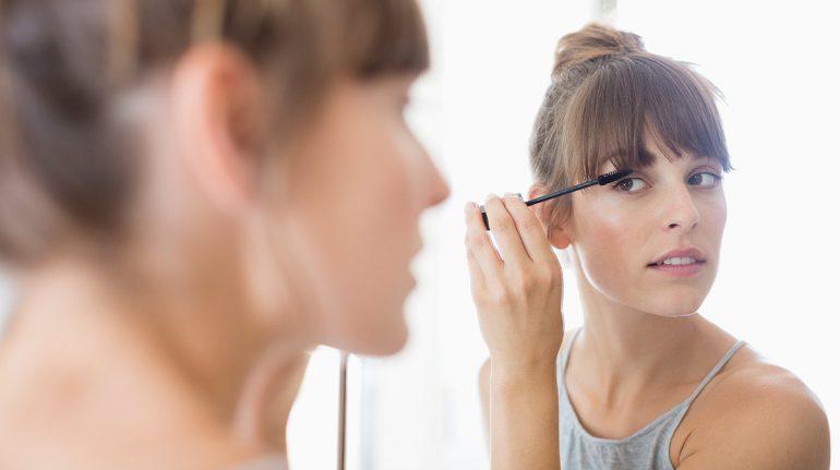 Haz que crezcan tus cejas y pestañas: 6 tips en tu beauty routine que marcarán diferencia