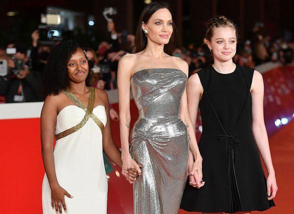 Angelina Jolie borra el tatuaje de su brazo que dedicó a Brad Pitt